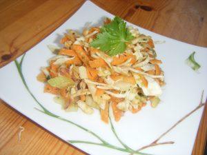 Salade de carottes, céleri et chou
