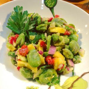 Variation de la salade de fèves.